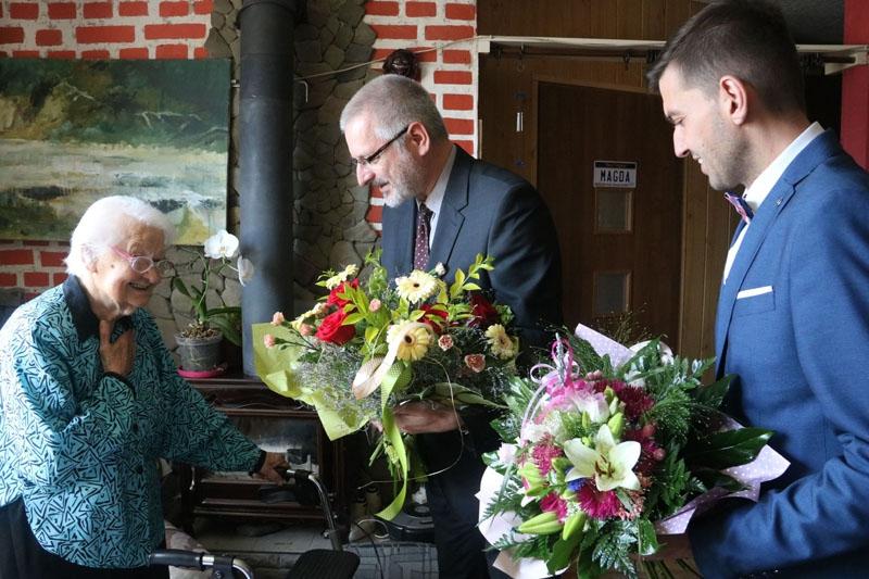 Lokalne władze odwiedziły Bielszczankę z okazji Jej setnych urodzin