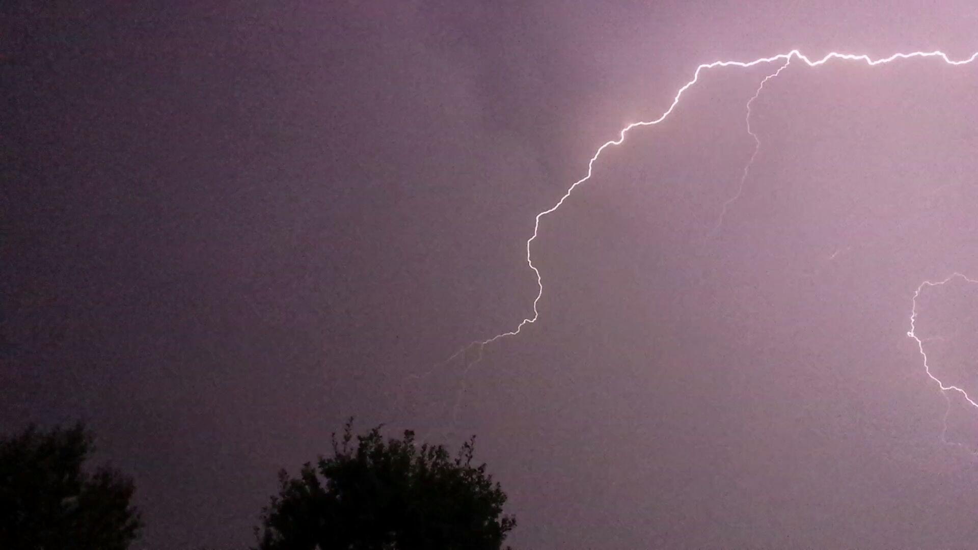 Synoptycy ostrzegają przed silnymi burzami